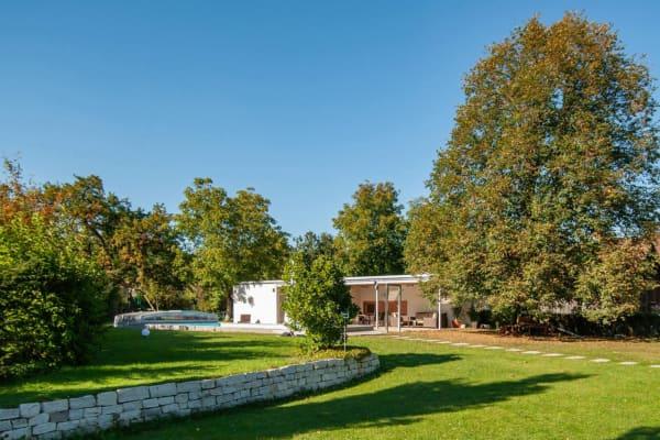 ARCHITEKT, Poolhaus, Architektenhaus, Gartenlaube, Chillen am Pool, Sommerlaune