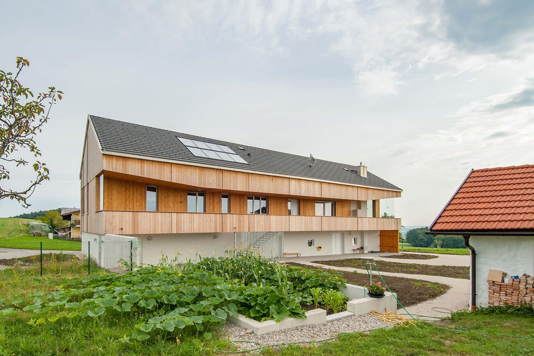 gartenfassade, holzhaus, architekt, haus, bauernhof, umbau, salzburg, landleben, loft, architektur