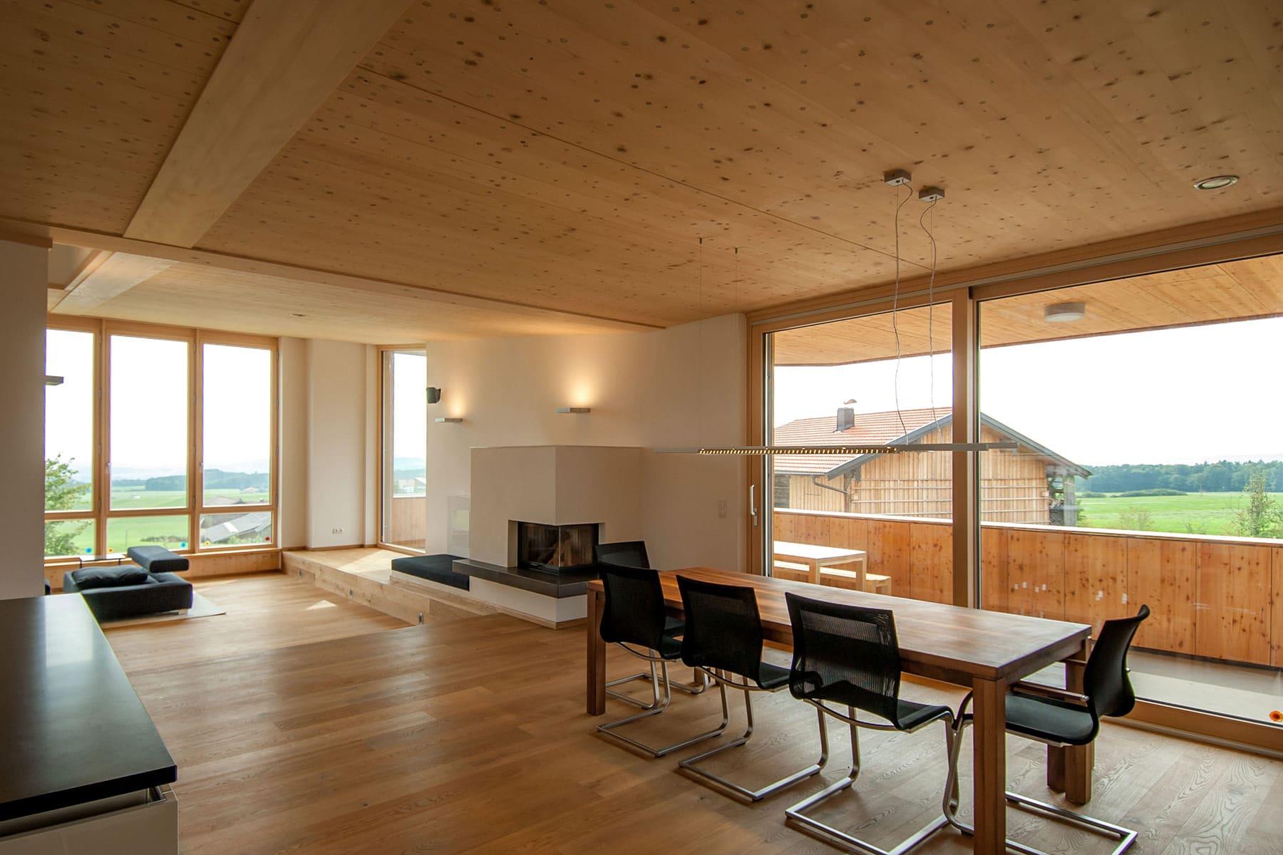 essbereich, holzhaus, architekt, haus, bauernhof, umbau, salzburg, landleben, loft, architektur