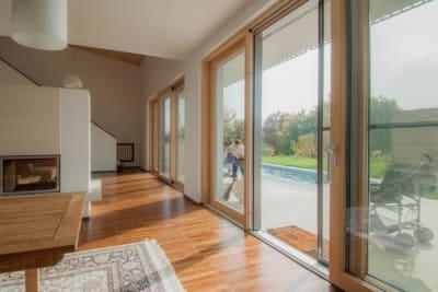 wohnzimmer, modern, haus im hang, architekt, architektenhaus, architektur, neubau, villa, familie